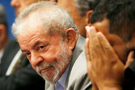 Lula é o candidato do PT à Presidência, mesmo preso em Curitiba desde 7 de abril