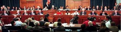 A Câmara de Representantes votou pela última vez pela abertura de um processo de impeachment - no caso, de Bill Clinton - em 1998