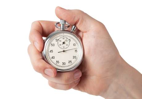 A Tríade do Tempo defende a ideia de que precisamos dividir o tempo em três tipos de atividades: as importantes, as urgentes e as circunstanciais.