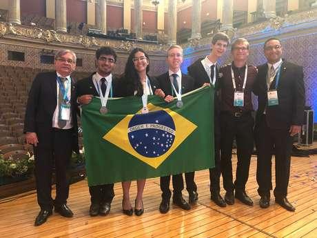 Delegação brasileira na Olimpíada Internacional de Química (IChO) de 2018, disputada na República Tcheca