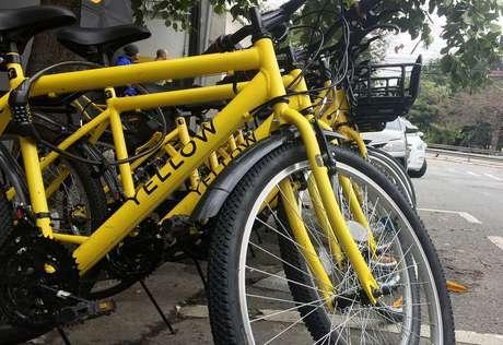Bicicletas Yellow diante da sede da empresa em São Paulo 02/08/2018 REUTERS/Taís Haupt