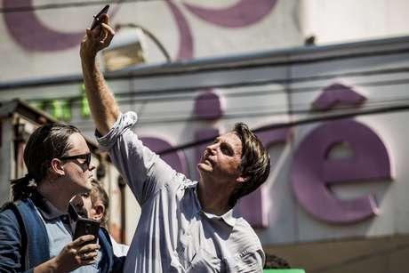 Candidato à presidência pelo PSL, Jair Bolsonaro, durante campanha em Araçatuba (SP)