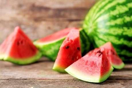 Receitas para aproveitar a casca da melancia
