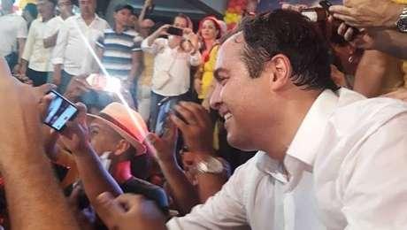 Paulo Câmara (PSB) é o candidato à reeleição em Pernambuco
