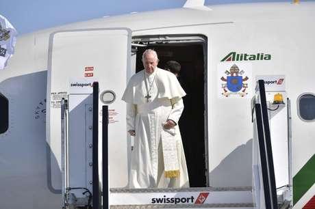 Papa Francisco chega para visita a Dublin 25/08/2018 Vatican Media/Divulgação via REUTERS