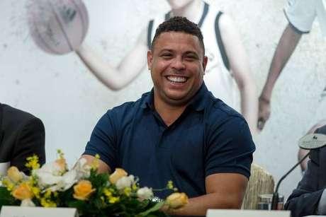 Ronaldo  Fenômeno  está perto de comprar clube espanhol ed1f2b8b6c861
