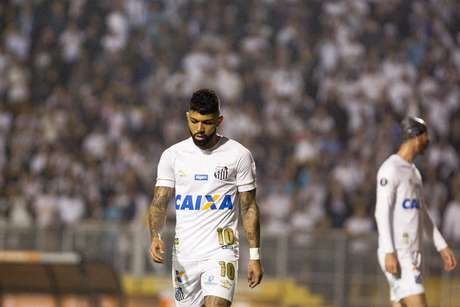 Gabriel lamenta chance perdida pelo Santos