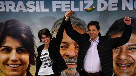 Sem Lula, Fernando Haddad é o nome mais forte para encabeçar chapa petista à Presidência com Manuela Dávila como vice