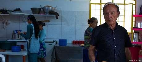 Nascido na Espanha, Jesus de Bobadilla tem sentido a raiva da população de Pacaraima por ajudar os venezuelanos