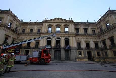 Incêndio destruiu 20 milhões de itens históricos do Museu Nacional