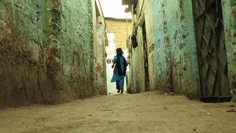 Mais de 40% das vítimas de estupro na Índia seriam crianças. Projeto recém-aprovado prevê pena de morte para acusados nesses casos