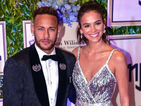 Bruna Marquezine destaca ajuda de Neymar ao superar depressão em entrevista nesta quarta-feira, dia 05 de setembro de 2018