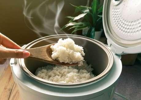 Panela elétrica de arroz