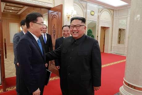 Chefe de segurança nacional da Coreia do Sul, Chung Eui-yong, se encontra com líder norte-coreano, Kim Jong Un, em Pyongyang 05/09/2018 Presidência sul-coreana/Divulgação via Reuters
