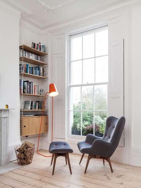 3. É importante que o seu cantinho de leitura tenha boa iluminação – Foto: Pinterest