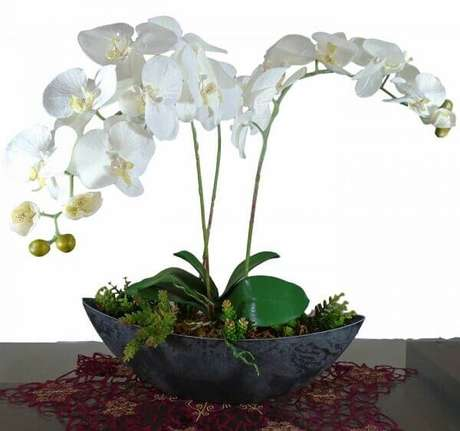 22 – Orquídea artificial.