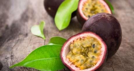 MARACUJÁ DOCE: este você pode comer puro mesmo! A fruta é indicada para dar aquela boa acalmada antes de dormir.  