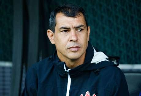 Ex-treinador do Corinthians lamentou a má fase de Osmar Loss no clube