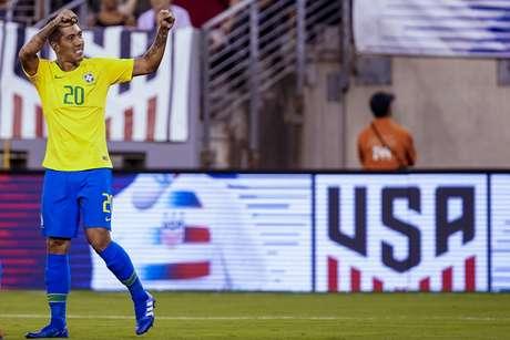Comemoração do gol de Roberto Firmino, do Brasil, marcado diante do Estados Unidos,