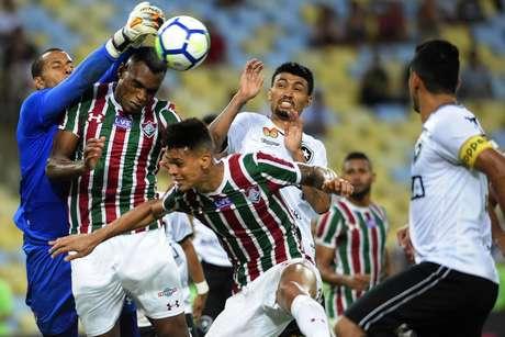 Fluminense x Botafogo da39922a008
