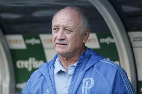 Felipão afirmou que estreia de Jair Ventura beneficiou o Palmeiras