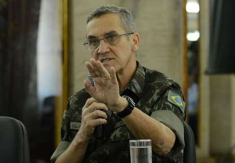 O general Villas Bôas, comandante do Exército