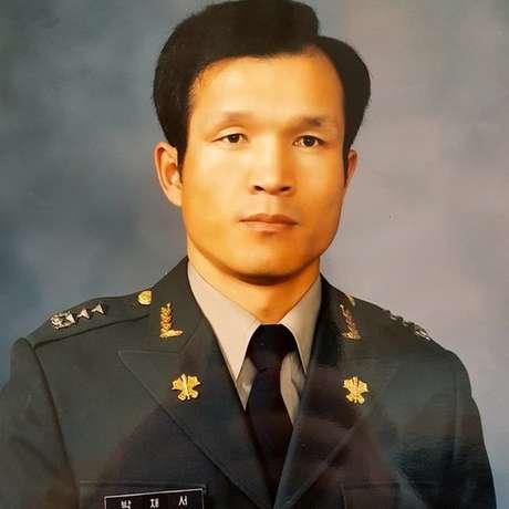 Park Chae-seo, ainda como capitão no exército sul-coreano. Ele chegou a ser major, antes de atuar como espião