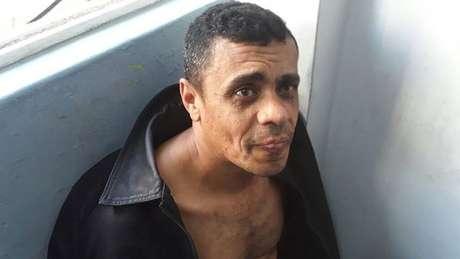 O Ministério Público Federal (MPF) denunciou Adélio Bispo de Oliveira nesta terça-feira, 2, pelo atentado a faca contra o candidato Jair Bolsonaro (PSL) ocorrido no mês passado