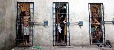 Superlotação de presídios é um dos velhos problemas do sistema prisional brasileiro