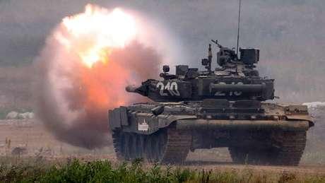 Apesar do custo, a Rússia tem intensificado seus exercícios militares