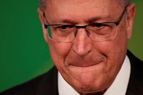 O candidato do PSDB à Presidência da República, Geraldo Alckmin, concentrou nesta quarta-feira (12) ataques ao agora confirmado presidenciável do PT , Fernando Haddad