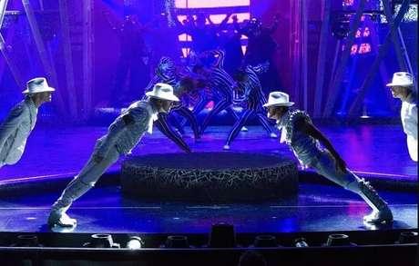 Cirque encena Michael Jackson
