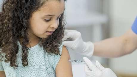 Maior dificuldade na imunização contra a gripe é a diferença entre as cepas do vírus, que estão em mutação constante