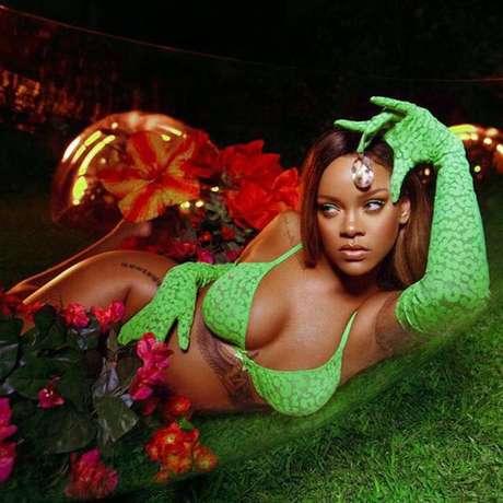 Rihanna é a estrela da campanha da coleção desfilada