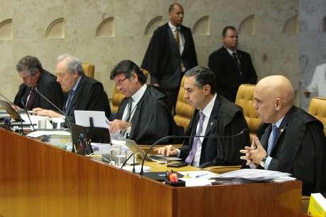 Ministros na sessão desta quarta-feira (12)