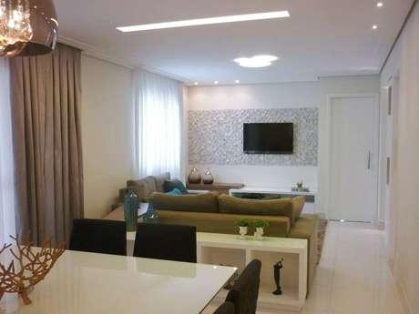 19. O revestimento 3D também pode ser colocado em sala de estar pequena. Projeto por Andrea del Monaco.