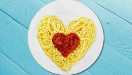 Dietas low carb ou com excesso de carboidratos estão relacionadas a maiores riscos de mortalidade - Foto: Shutterstock