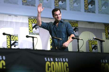 Henry Cavill deu adeus ao papel do Homem-de-Aço... E agora, quem irá nos salvar?