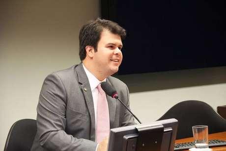 Fernando Coelho Filho (DEM-PE) é um dos políticos que recebeu doações de empresários motivados pela atuação do parlamentar.