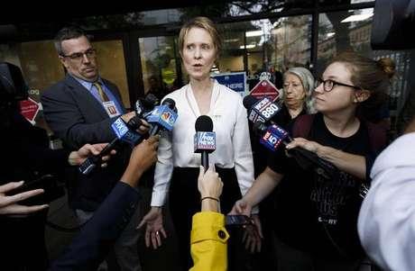 "Cynthia Nixon ficou conhecida por interpretar a advogada ""Miranda"", de ""Sex and the City""."