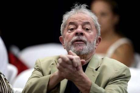 Ex-premier da Itália visita Lula na prisão, em Curitiba