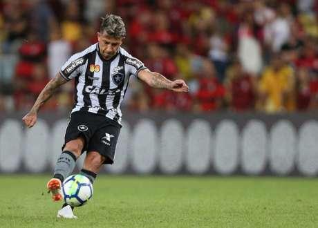 Valencia soma quatro gols marcados nesta temporada. Ele jogou quarenta vezes (Foto: Vítor Silva/SSPress/Botafogo)