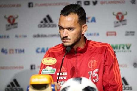 Capitão, Réver projetou o clássico e quer vitória sobre o Vasco no sábado (Foto: Gilvan de Souza/Flamengo)