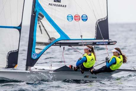 Ventos fracos e chuva cancelaram regata desta sexta-feira e Martine e Kahena faturaram o título por antecipação (Foto: Sailing Energy / World Sailing)