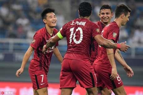Shanghai SIPG goleia com gol e assistência de Elkeson (Foto: Divulgação)