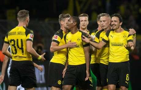 Diallo abriu o placar para o Borussia Dortmund (Foto: Bernd Thissen / Dpa / AFP)