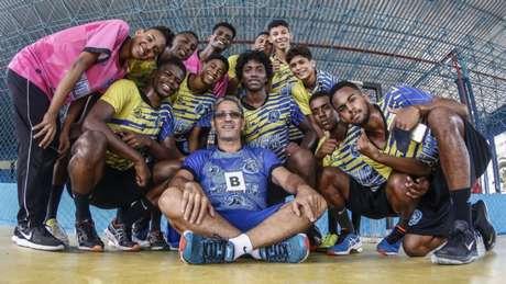 Jogos escolares exaltam professor de educação física (Foto: Divulgação)
