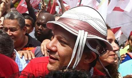 O candidato à Presidência da República pelo PT, Fernando Haddad visita a Comunidade da Rocinha, na zona sul do Rio de Janeiro