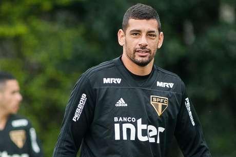 Aos 33 anos, Diego Souza espera se aposentar no São Paulo