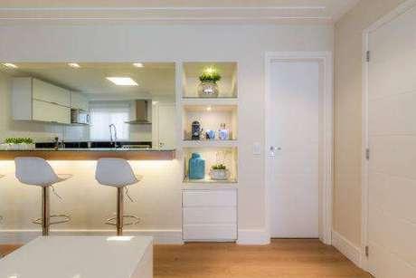 1- Nichos e bancada da cozinha americana feitos de drywall